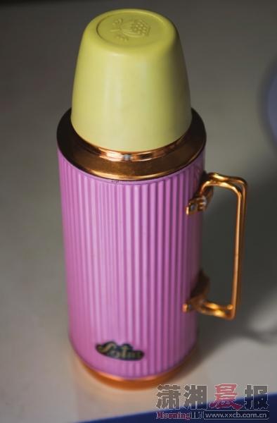 热水瓶保温一夜的开水第二天早上还能泡开茶