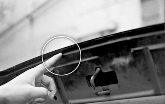 碰撞后引擎盖密封条最容易受损