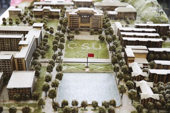 1月17日,中南大学建筑与艺术学院,学生制作的校本部古建筑模型模拟了